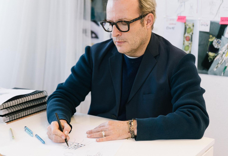 Hubert Barrere, directeur artistique de la Maison Lesage, Chanel